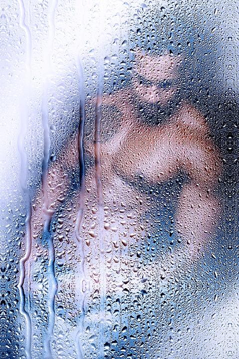 nøgen mand